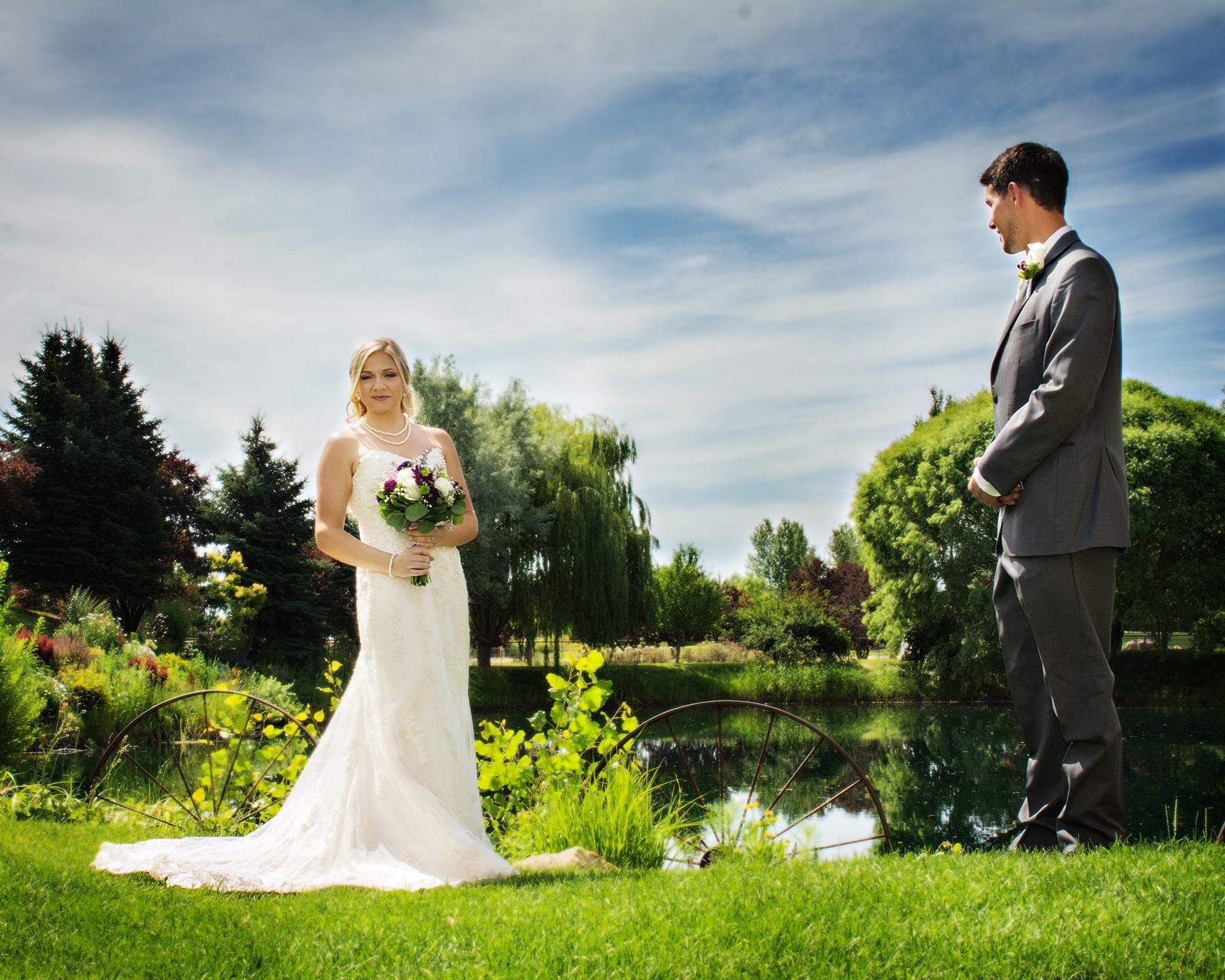Honalee Farm Eagle Idaho beautiful bride